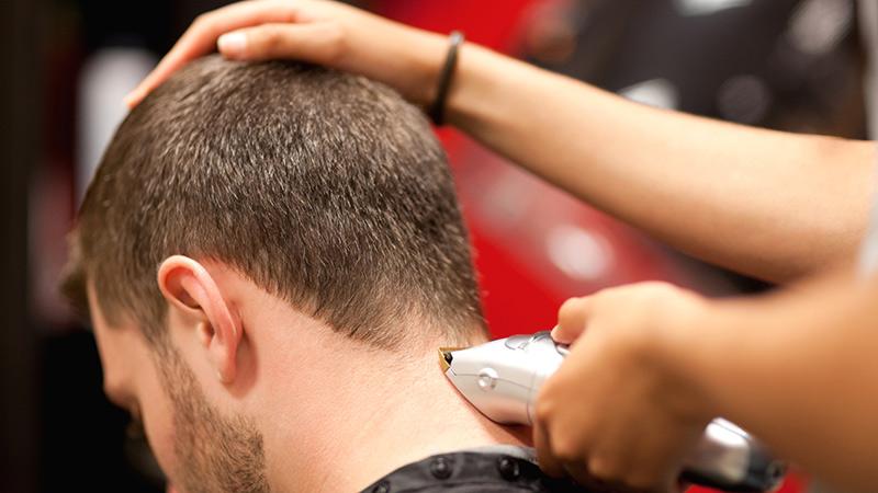Tutorial taglio capelli uomo forbici